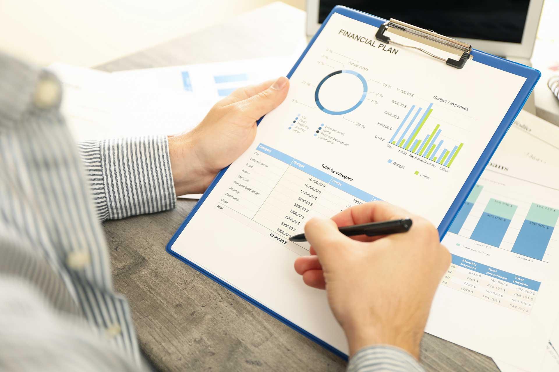 http://digitus-accountancy.com/wp-content/uploads/2021/06/financial-plan.jpg